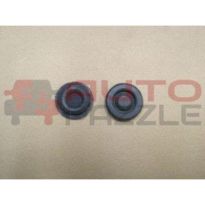 Заглушка резиновая брызговика моторного отсека кузова